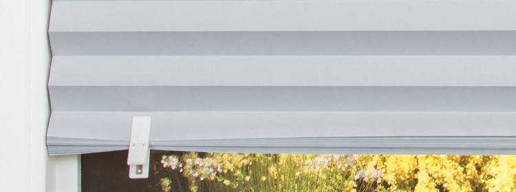stores en papier pliss installer sans percer largeur. Black Bedroom Furniture Sets. Home Design Ideas