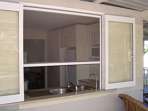 store moustiquaire rouleau retractable pour fenetres profil aluminium kit enroulable page 1. Black Bedroom Furniture Sets. Home Design Ideas