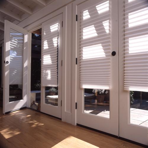 store en papier pliss fixation sans percer blanc tamisant. Black Bedroom Furniture Sets. Home Design Ideas